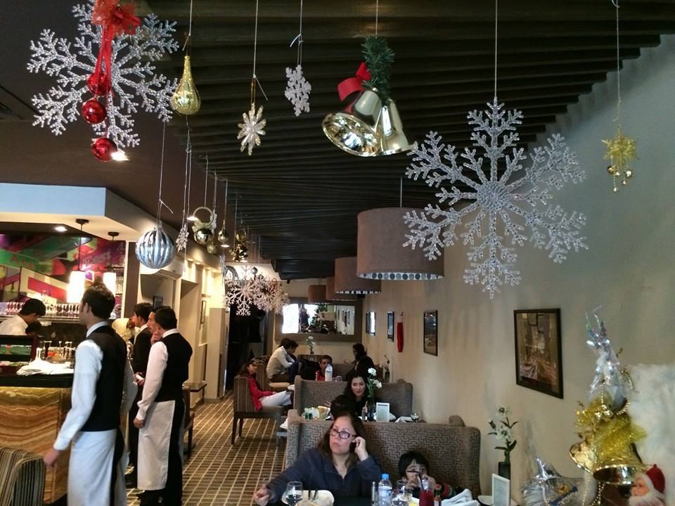 "Detailed review on the beautiful ""Street 1 cafe""